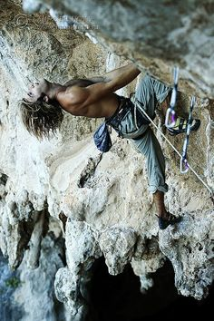 Chris Sharma, Kalymnos. Photo – Mountain.RU #climbingshoes