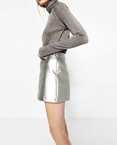 Image 4 of SHORT METALLIC SKIRT from Zara