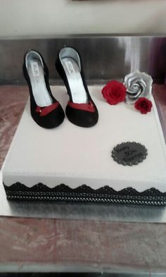 Lace is the number Stuart Weitzman, Number, Cakes, Sandals, Heels, Fashion, Heel, Moda, Shoes Sandals