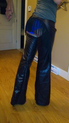 Hey, I found this really awesome Etsy listing at http://www.etsy.com/listing/151628719/cassidy-fringe-cowgirl-chaps