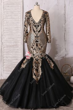 6ad4059c853 Sparkly Gold Black Long Sleeve Deep V-neck Patterned Sequin Tulle Floor- length Trumpet Prom Dress