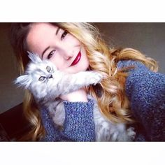 ma petite peluche ☺️ Emma Verde, Besties, Super Belle, Lily, Photo And Video, Instagram, Celebrities, Cute, People