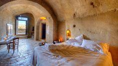 Superior Room In Matera Le Grotte Della Civita - Sextantio Treehouse Hotel, Cave Hotel, Santorini Hotels, Sites Touristiques, Site Archéologique, Superior Room, Beste Hotels, Unique Hotels, Southern Italy