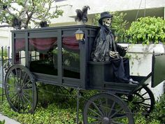 Haunted Horse Drawn Hearse. Outdoor Haunted House Decor for Halloween.