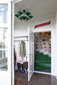 cabin entry and stairway, art wall great idea for wall art up a stairway and coloured painted steps inside or out
