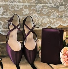Loving this colour! 😍😍Renate shoes and Laurel bag dyed to match. Wish we could see the whole outfit! Dyeable Wedding Shoes, Dyeable Shoes, Mother Of The Groom Shoes, Bridesmaid Shoes, Character Shoes, Dance Shoes, Colour, Bridal, Bags