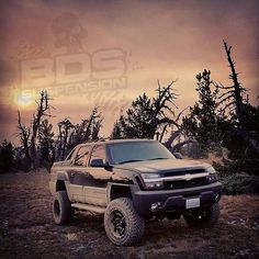 2003 Chevrolet Avalanche 2500 lifted Lifted Trucks, Cool Trucks, Chevy Trucks, Cool Cars, Avalanche Truck, Chevrolet 4x4, Volkswagen, Toyota, Indoor Shooting Range