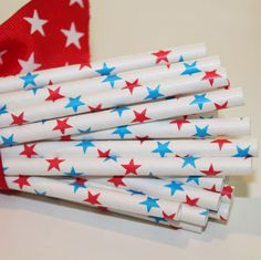 Paper Tableware - Red and Blue Stars Paper Straws for your next gathering or event. Great for memorial day. Wonder Woman Birthday, Wonder Woman Party, Wedding Bottles, Polka Dot Paper, 4th Of July Decorations, Blue Daisy, Star Party, Paper Straws, Peanuts