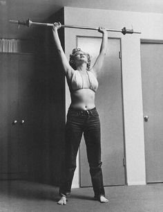 Marilyn weight lifting