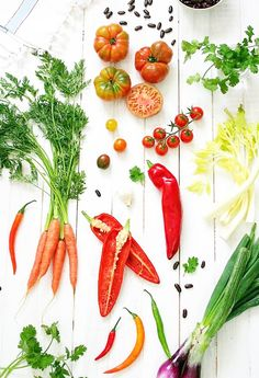 """The Diet Everyone From Gwyneth to Gisele Swears By-The Alkaline """"Diet"""" I switched to this eating style(don't follow it 100%) and it has made a huge difference in skin and able to lose weight when before wasn't able to without feeling hungry!"""
