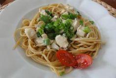 Jak uvařit směs na špagety s kuřecím masem a jarní cibulkou   recept