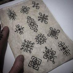 65 ideas design to draw patterns fabrics Rangoli Border Designs, Small Rangoli Design, Rangoli Patterns, Rangoli Designs With Dots, Rangoli Designs Images, Beautiful Rangoli Designs, Moños Tattoo, Body Art Tattoos, Tattoo Drawings
