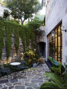 """Receive fantastic pointers on """"patio decor ideas"""".- Receive fantastic pointers on """"patio decor ideas"""". They are actually on call for… Receive fantastic pointers on """"patio decor ideas"""". They are actually on call for you on our site. Small Courtyard Gardens, Small Courtyards, Outdoor Gardens, Terrace Garden, Garden Art, Brick Courtyard, Courtyard Design, Courtyard Ideas, Garden Fencing"""