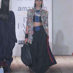 #Anamika #AmazonIndiafashionweek2015-16 #Runwayfashion #Indianfashion
