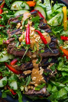 Thai Grilled Steak Salad - Thinly sliced Thai marinated steak, in a light and fresh salad with a tasty peanut dressing! Grilled Steak Salad, Grilled Steak Recipes, Marinated Steak, Grilled Meat, Grilling Recipes, Thai Steak Salad, Grilled Steaks, Grilling Ideas, Asian Recipes