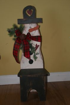 Snowman Chair-add a wreath on the seat with a candle or a lantern in the center! Sweet!