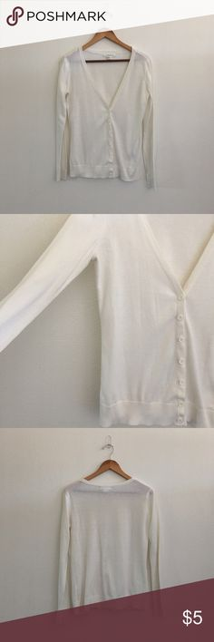 FOREVER 21 cardigan. Simple white long sleeve cardigan. Button up front. Forever 21 Sweaters Cardigans