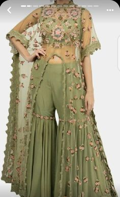 Party Wear Indian Dresses, Designer Party Wear Dresses, Indian Gowns Dresses, Indian Bridal Outfits, Dress Indian Style, Indian Fashion Dresses, Indian Designer Outfits, Girls Fashion Clothes, Indian Fashion Trends
