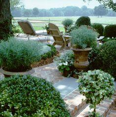 Garden, Howard Slatkin country house.
