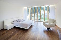 Huge house in Valongo by architect Carlos Nuno Lacerda Lopes 04 bedroom