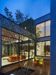 Cedarvale Ravine House / Drew Mandel Architects