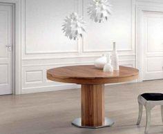 Mesa de salón ovalada en madera con un pie central