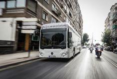 Ein erster Großauftrag für den vollelektrischen Mercedes-Benz eCitaro kommt aus Hamburg, 20 Elektrobusse werden hier geliefert.