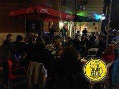 Al Solito Posto - Enoteca bistrot nel quartiere storico della Garbatella dove ogni sera si fondono la buona cucina, un grande aperitivo e musica live.