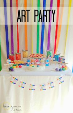 Throw an amazing Art Party with these ideas from herecomesthesunblog.net
