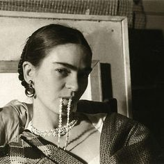 Frida Kahlo Photo