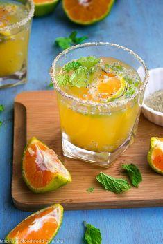 fascinatingfoodworld: Orange and ginger masala lemonade Healthy Juice Recipes, Healthy Juices, Healthy Drinks, Vegetarian Recipes, Cooking Recipes, Detox Juices, Juicer Recipes, Salad Recipes, Summer Drink Recipes