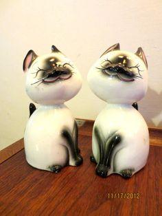 Vintage HOLT HOWARD Salt Pepper Shakers Siamese Cat