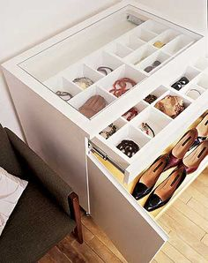 [ shoes' cabinet ]
