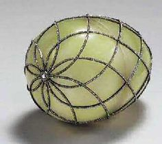 Faberge - The 1892 Diamond Trellis Egg  www.mieks.com/...