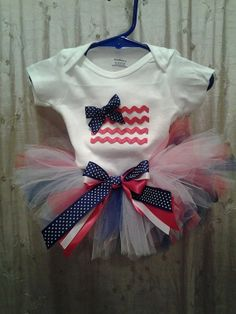 Fourth of July tutu outfit set with by KailoCustomCreations, $25.00