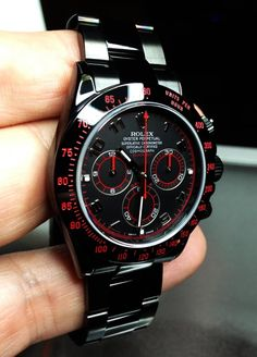 Rolex Daytona with DLC Coat. Yo like no! Why would they make a watch that looks this damn fresh! I'm hurt on my entire soul right now. I need this in my life!!