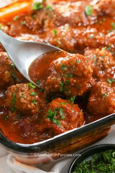 A porcupine meatball is just like a regular meatball, only with rice added to it. Porcupine Meatballs {Soft, Tender & Juicy} - Spend With Pennies Kat Areford Price wessonrick foods A porcupi Meatballs And Rice, Tasty Meatballs, Meatball Recipes, Meat Recipes, Cooking Recipes, Yummy Recipes, Dinner Recipes, Yummy Food, Hamburger Dishes