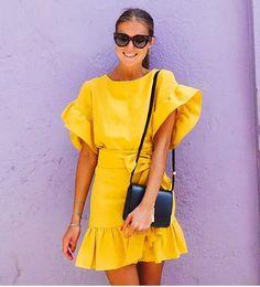 "970 gilla-markeringar, 10 kommentarer - Fashion (@streetstylegallery) på Instagram: ""#streetstyle #instafashion #itgirl #streetstyle #fashion #style #instalook #streetstylegallery…"""