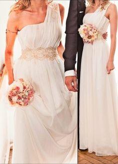 Kup mój przedmiot na #vintedpl http://www.vinted.pl/damska-odziez/sukienki-wieczorowe/18092609-piekna-suknia-slubna-dla-greckiej-ksiezniczki-z-gorsetem