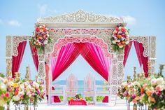 Ceremony Decor http://www.maharaniweddings.com/gallery/photo/75177 @suhaaggarden @moonsballoons