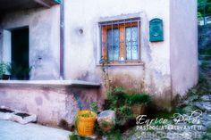 Marsiglia è una località del comune di Davagna, nella Val Bisagno in provincia di Genova. Situata a 553 metri sul livello del mare è meta di partenza per il famoso borgo abbandonato di Canate di Marsiglia, ed è sull'itinerario turistico-religioso della via per l'abbazia di San Fruttuoso. Il borgo sarebbe stato fondato da persone provenienti da Marsiglia, e dalla più famosa località francese proverrebbe quindi l'origine del nome.....   http://www.passeggiatealevante.it…