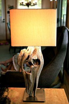 Tellement fière du bricolage de mon banlieusard pour illuminer le chalet avec un style unique!