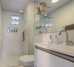 Nichos de vidro fixados no espelho do banheiro – KzaBlog | Casa e Decoração