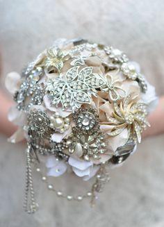 Beautiful Ivory Brooch Bouquet, Vintage Bouquet, Cream Brooch Bouquet, Alternative Bouquet, Vintage Bouquet, Heirloom Bouquet,Silver Bouquet