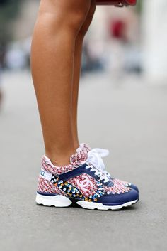 A Quick Guide To Choosing A New Pair Of Sneakers. Sneakers are probably the most important product in a sports closet. As intriguing as it may be, you can't jog in the exact same shoes you go to the workpl Slingback Chanel, Espadrilles Chanel, Chanel Sneakers, Chanel Shoes, Shoes Sneakers, Chanel Outfit, Chanel Chanel, Basket Originale, Cute Shoes