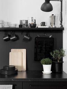 IKEA compact living - via Coco Lapine Design Interior Desing, Interior Design Kitchen, Kitchen Decor, Kitchen Designs, Black Kitchens, Home Kitchens, Kitchen Black, Mini Kitchen, Milan Design Week 2017