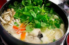 Google Image Result for http://cdn.norecipes.com/wp-content/blogs.dir/1/files/2011/02/miso-nabe-2.jpg