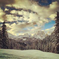"@rebe_elle's photo: ""#instamountain #ig_mountain #malgacrocefisso #pozzadifassa"" @Val di Fassa #fassaski14"