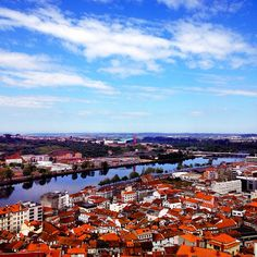 Vista sobre Coimbra Photo by youmustgoblog #Portugal