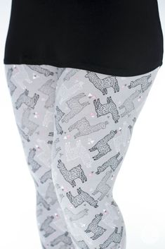 No Prob-llama, these grey pink white and black llama alpaca patterned SweetLegs are available in kids sizes and our size inclusive range including petite size, one size, plus size, and stretchy soft and high waisted. Plus Size Legging Outfits, Plus Size Winter Outfits, Plus Size Leggings, Plus Size Outfits, Leggings Outfit Summer, Women's Fashion Leggings, Best Leggings, Dresses With Leggings, Plus Size Bodycon Dresses